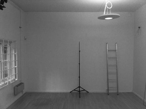 02_photo-studio-before-cyclorama