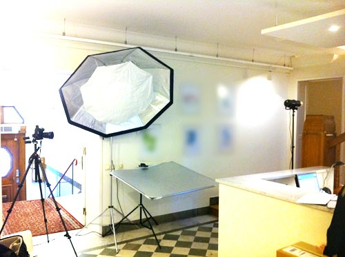behind-the-scenes-profoto-octa-on-location-bare-bulb