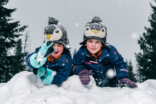 one-light-Profoto-OCF-Beautydish-Kids-Outdoor-Winter-snow