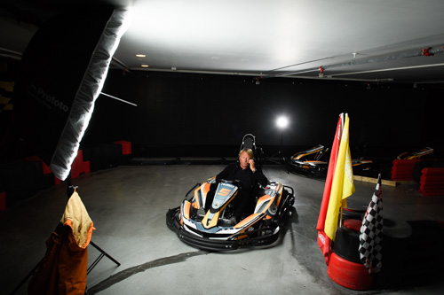 behind-the-scenes-portrait-on-a-go-cart-Profoto-B1-Umbrella-Deep-two-lights