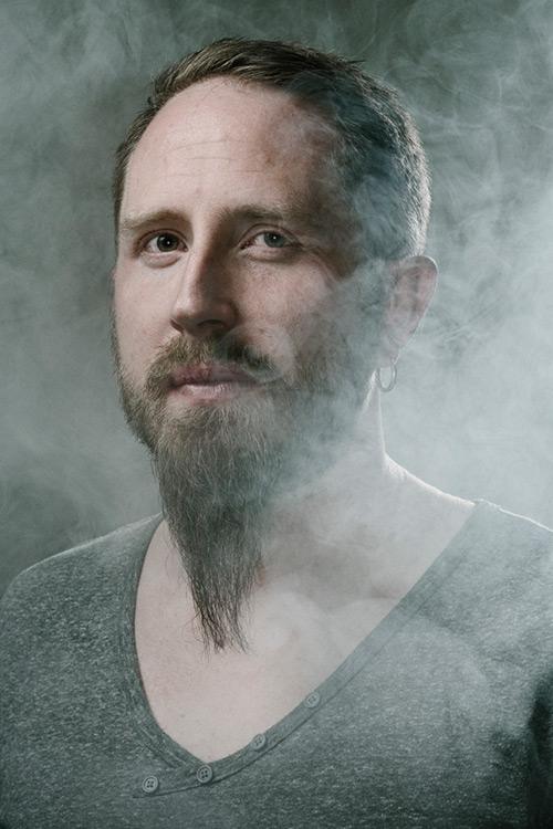 studioporträtt-ringblixt-rökmasking-profoto-d1-beautydish