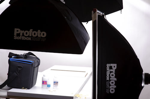 behind-the-scenes_product_photography_lighting_setup_profoto