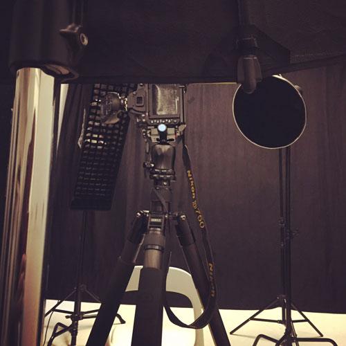 BTS-Behind-The-Scenes-Studio-Photo-Jazz-Singer_Profoto-Giant-180-rim-light